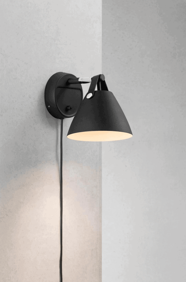 Strap 15 Wall Light